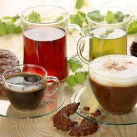 Tea, kávé, kakaó, karob